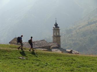 Escursionisti al Santuario di San Magno - Foto di Fabio Giannetti